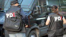 balearon tres autos en zona oeste, uno de ellos perteneciente a un policia
