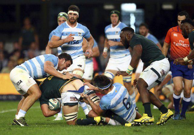 Caída de Los Pumas en el arranque del Rugby Championship