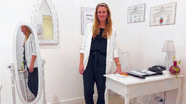 Marina Brarda se formó en cirugías plásticas, estéticas y reconstructivas.