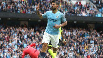Agüero hace historia en la Premier League con un hat-trick