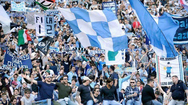 Ultras de la Lazio prohibieron a mujeres usar las primeras filas de la tribuna