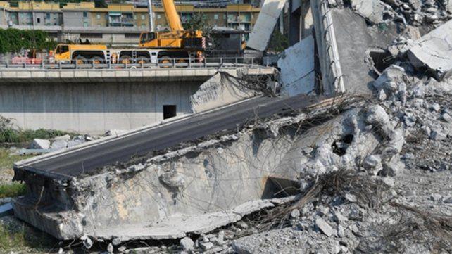 Pavoroso. El hallazgo de otras tres víctimas eleva a 43 el número de muertos en la tragedia del puente genovés.