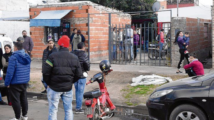 Riobamba al 6500. Vecinos de Claudio Sauro