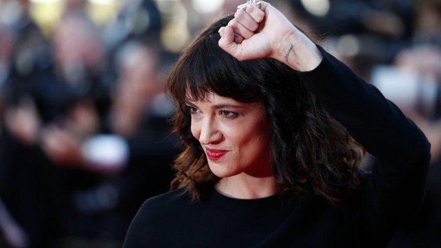 Una actriz que lideró el movimiento #MeToo pagó para parar una denunciada de abuso sexual de un menor