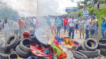 Xenofobia. El sábado se produjeron enfrentamientos entre los habitantes de Paracaima y los venezolanos.