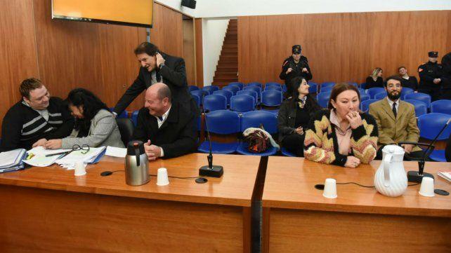Gómez (a la derecha) y Fantín cuando faltaba poco para el inicio de las audiencias.
