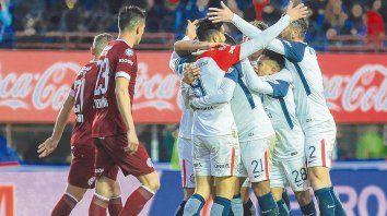 ¿El mejor? San Lorenzo y Lanús disputaron el partido más emotivo de la Superliga hasta aquí, pero no el de mejor juego.