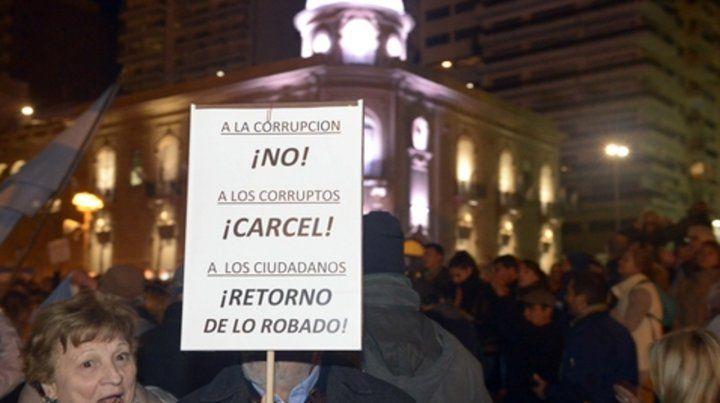 El cuadernogate activó la protesta contra el peronismo y el kirchnerismo.