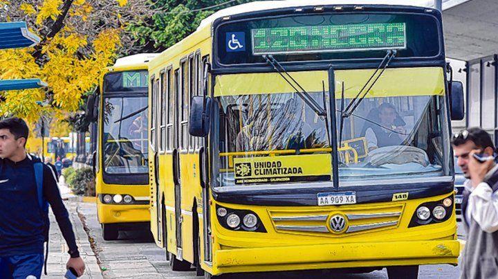muchos interrogantes. El actual sistema de transporte urbano perderá vigencia a fin de este mes.