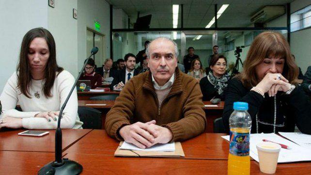 José López mencionó a Máximo Kirchner como recaudador ilegal