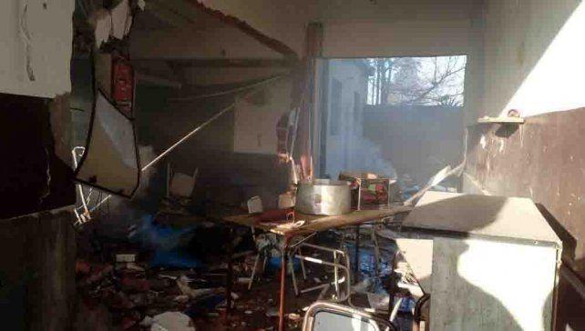 Trágica explosión en una escuela de Moreno por una falla en la instalación de gas.