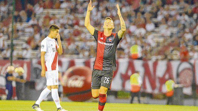 El 3-1 a River. Héctor Fértoli metió una gran corrida y definió bárbaro para el triunfo en el Monumental.