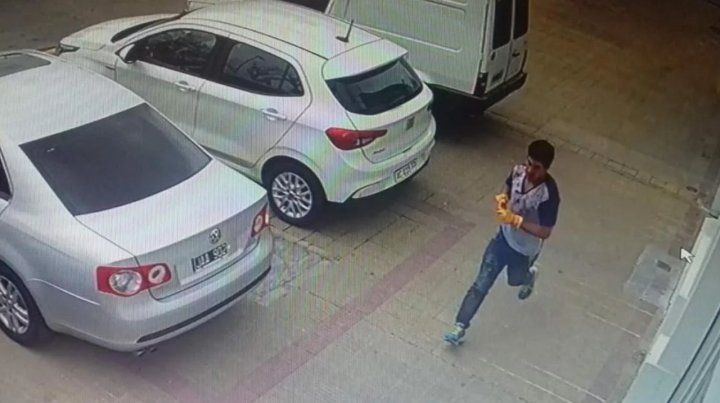 Un albañil mató con una maza a una mujer y dejó grave a su esposo