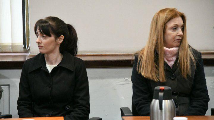 Los camaristas interpretaron que Seguer (izquierda) mató de 70 puñaladas a Sarjanovic sin ayuda de su madre.