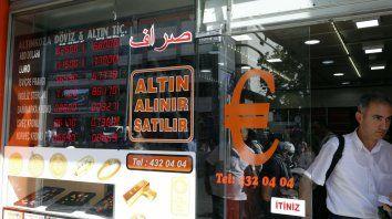 Una soga. Turquía también obtuvo un préstamo del FMI, al igual que la Argentina.