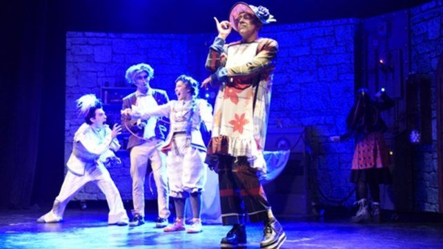 Funciones. La pieza subió a escena en el teatro La Comedia.