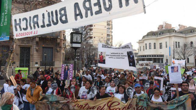 Con una marcha multitudinaria, Rosario también se levantó contra el gatillo fácil