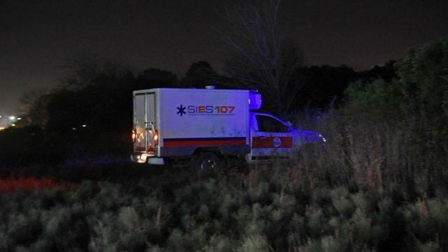 El cuerpo de la joven fue hallado anoche a un kilómetro de la ruta nacional 11.