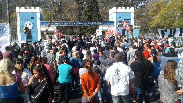 Preocupación por los despidos en Fray Luis Beltrán.