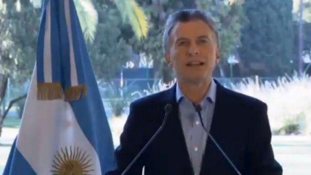 Macri anunció un acuerdo con el FMI para adelantar fondos