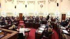 la camara de diputados debate la reforma constitucional de la provincia
