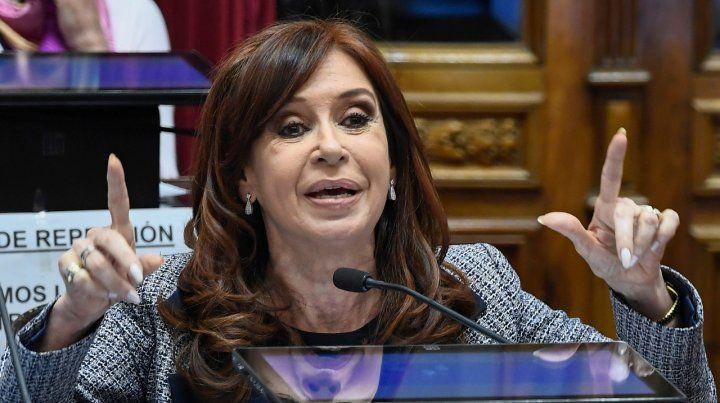 El juez Bonadio citó otra vez a indagatoria a Cristina Kirchner