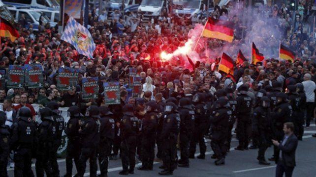 Odio en la calle. Ultraderechistas protestan contra los inmigrantes