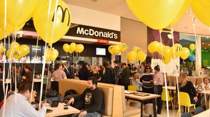 Inauguraron un shopping con 70 locales en la zona oeste