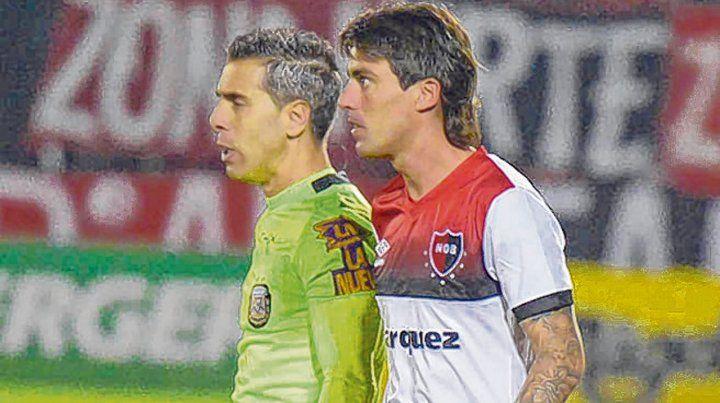 Adentro. El Gato Formica ingresó desde el banco ante Independiente y Godoy Cruz.