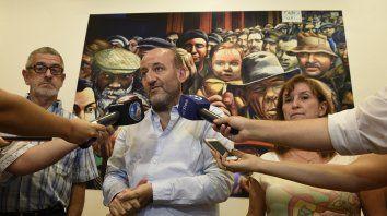 El secretario de Salud municipal, Leonardo Caruana, alertó sobre las dificultades que generará el aumento del dólar.
