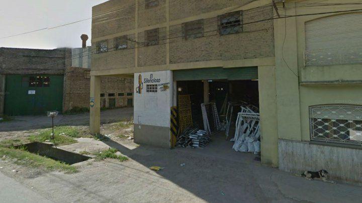 La fábrica de escapes sufrió un violento atraco.