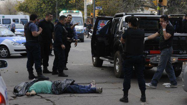 Francia y Acevedo. Una de las víctimas de la masacre fue el novio de la chica asesinada esta madrugada.