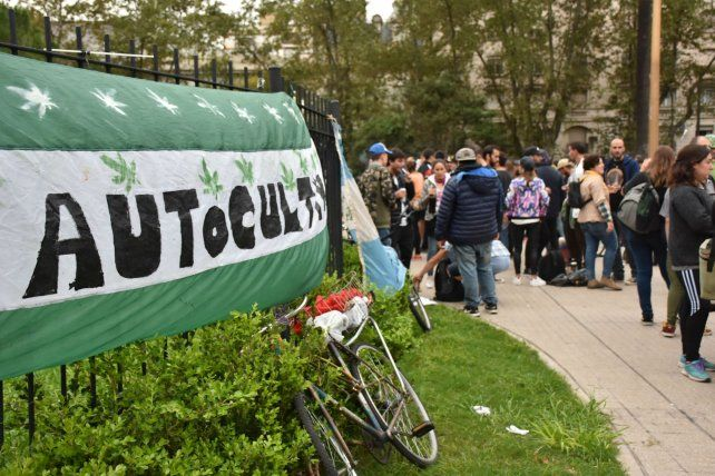 Reclamo. Una de las tantas marchas en favor del autocultivo de marihuana.