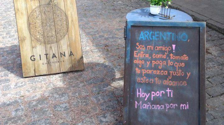 Un restaurante uruguayo se solidarizó con los argentinos y deja que ellos pongan los precios