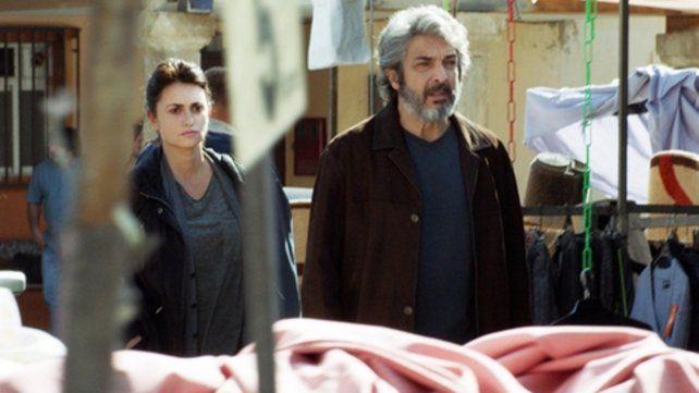 Pareja. Penélope Cruz y Ricardo Darín interpretan a un matrimonio que busca a su hija.