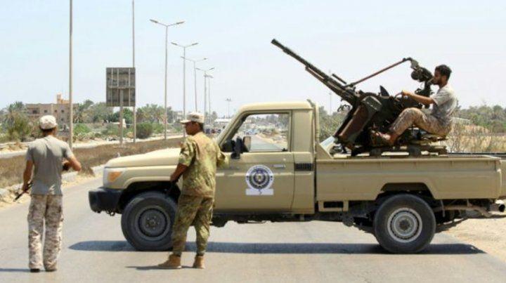 Las explosiones se escuchaban ayer de mañana en el centro de Trípoli.