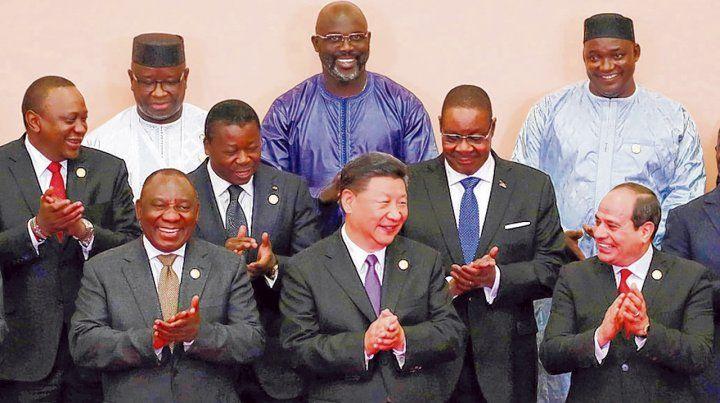Contentos. Xi Jinping