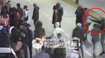 armas y disturbios en una fiesta organizada por facebook