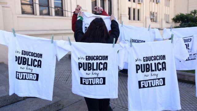 Coad consideró insuficiente la propuesta a los docentes universitarios