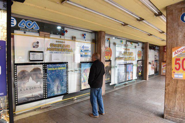 Con seis películas, mañana reabre el complejo de cines Monumental