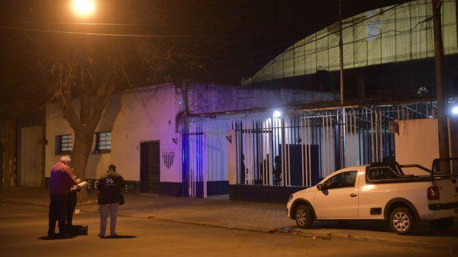 El club Godoy se encuentra en Constitución y Ocampo.