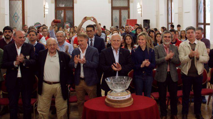 El gobernador presentó esta tarde la Copa Santa Fe de hockey.