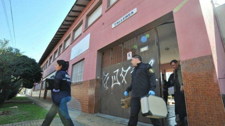 Instituto Próvolo. La fiscal y la policía salen de la sede con pruebas.
