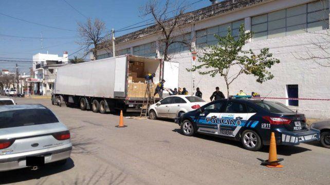 El camión que fue interceptado en la ruta nacional 11.