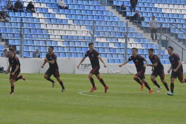Newells, un equipo que recuperó crédito y debe trasladarlo a la Superliga