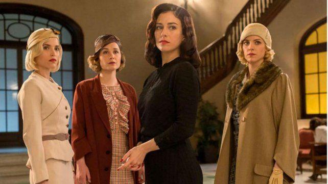 Amigas unidas. Las chicas del cable lanzó su tercera temporada y ya tiene prevista una cuarta. Un éxito en Netflix.
