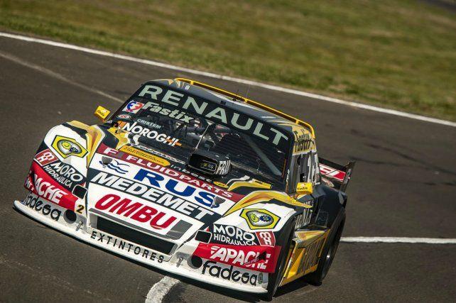 El parejense Facundo Ardusso tiene chances de ganar la etapa regular en la carrera de Paraná.