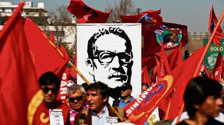 ícono. La izquierda chilena marchó en Santiago.