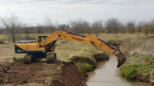 alivio. El canal aliviador con desembocadura hacia el río Carcarañá protegerá a muchas zonas urbanas y rurales.