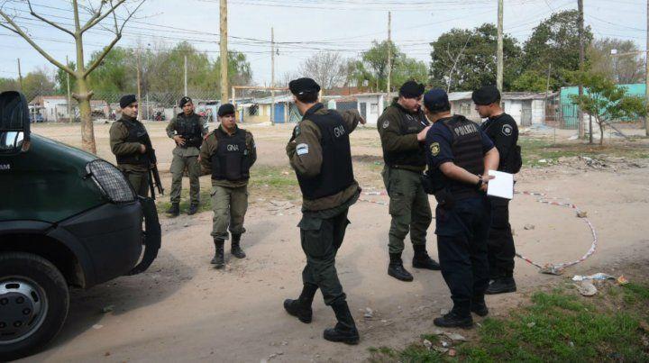 Efectivos de Gendarmería en el lugar del hecho.